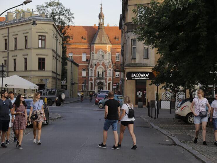 Ulica obok placu Wolnica